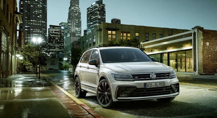 VW Touareg Black Style