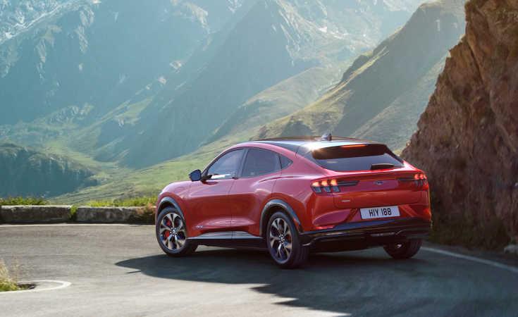 Ford Mustang Mach-E: Elektro-SUV mit 600 km Reichweite kommt 2020